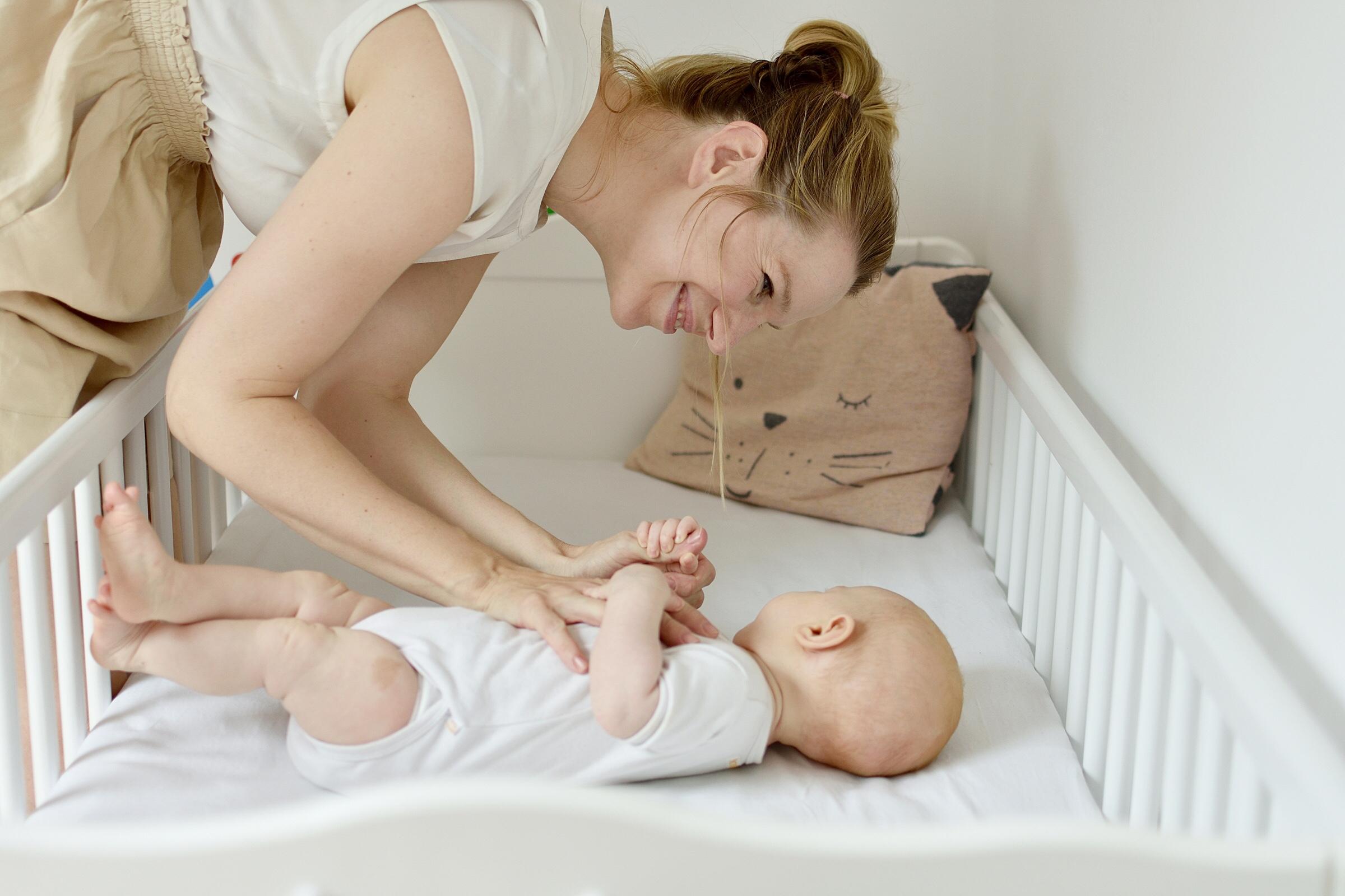 So unterstützt du als Mama sanft und natürlich den Schlaf deines Babys | Podcast-Interview